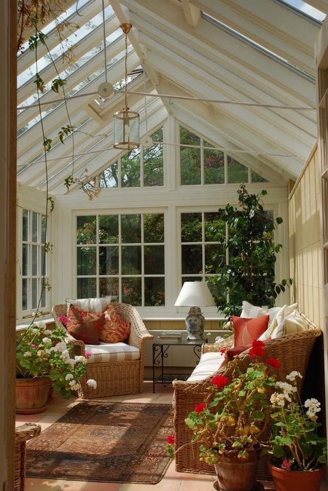 outdoor-small-sunroom 25 Stunning Interior Decorating Ideas for Sunrooms