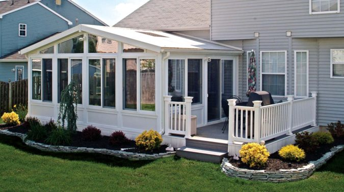 outdoor-sunroom-675x377 25 Stunning Interior Decorating Ideas for Sunrooms