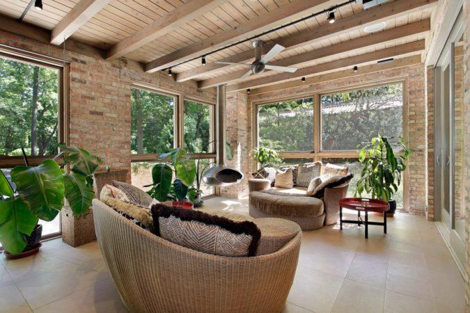 sunroom-2-675x450 25 Stunning Interior Decorating Ideas for Sunrooms