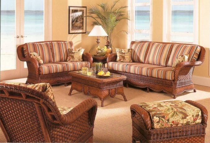 sunroom-with-wicker-furniture-675x458 25 Stunning Interior Decorating Ideas for Sunrooms