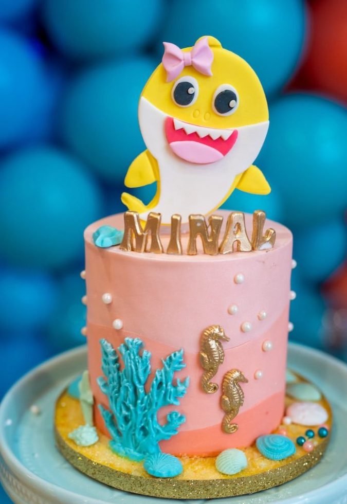 Baby-shark-cake.-1-675x980 Top 20 Most Delicious and Popular Cakes in the USA