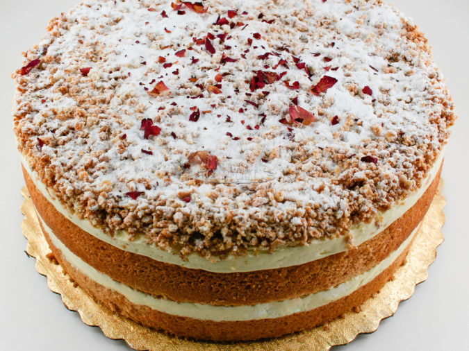 Crixa-cakes-675x506 Top 20 Most Delicious and Popular Cakes in the USA