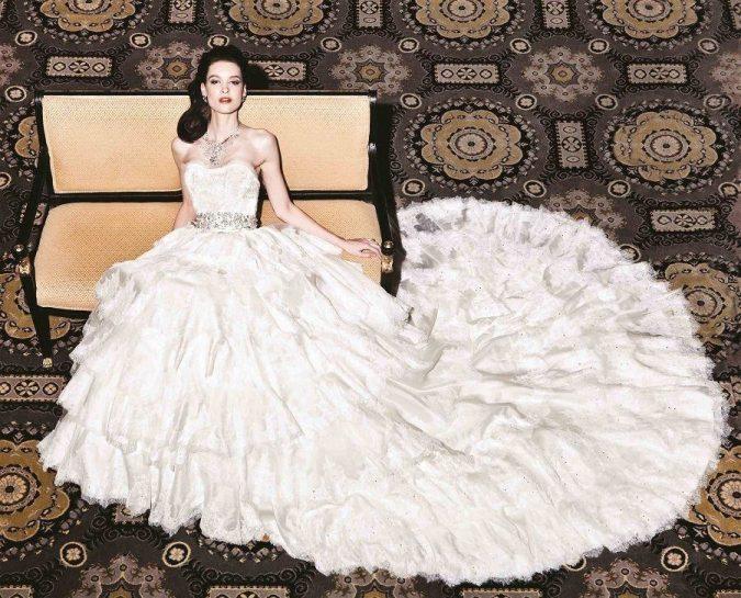Yumi-Katsura-675x545 15 Most Expensive Celebrity Wedding Dresses