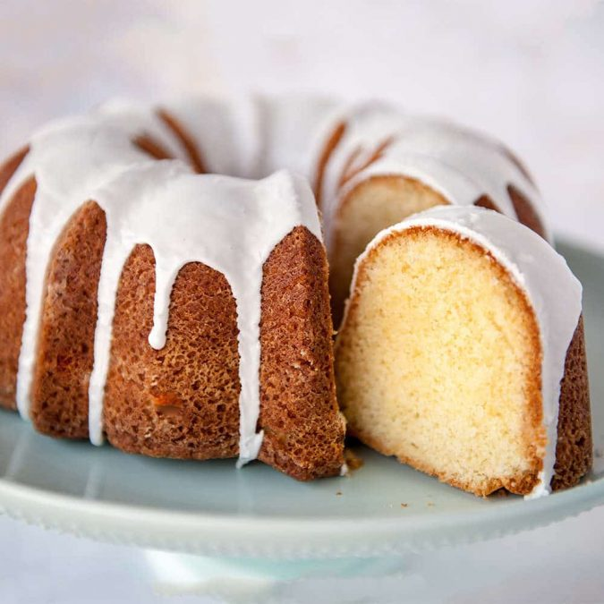 bundt-cakes-675x675 Top 20 Most Delicious and Popular Cakes in the USA