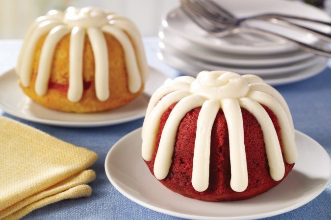 bundt-cakess.-675x450 Top 20 Most Delicious and Popular Cakes in the USA