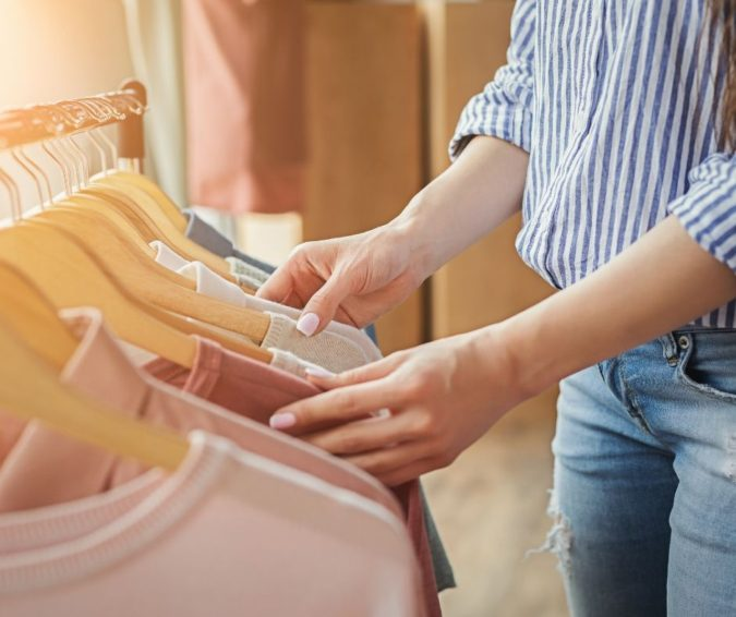 clothes-675x566 How to Seamlessly Transition Your Wardrobe from Spring to Summer