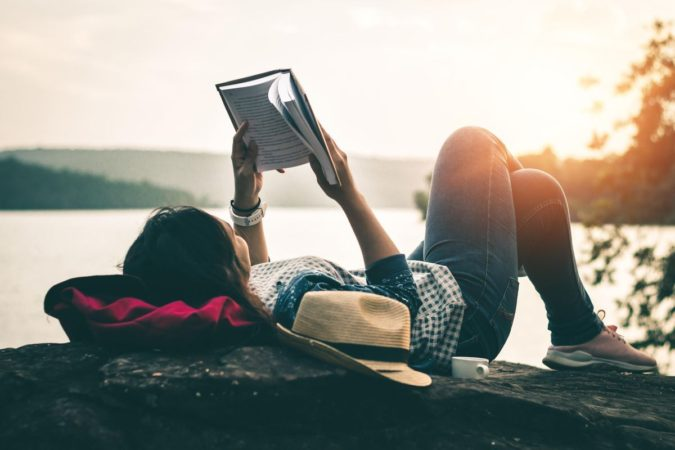 reading-675x450 How to Become a Travel Blogger? 10 Must Steps to Follow