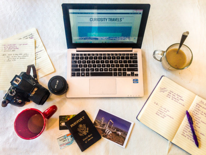 travel-blog-675x506 How to Become a Travel Blogger? 10 Must Steps to Follow