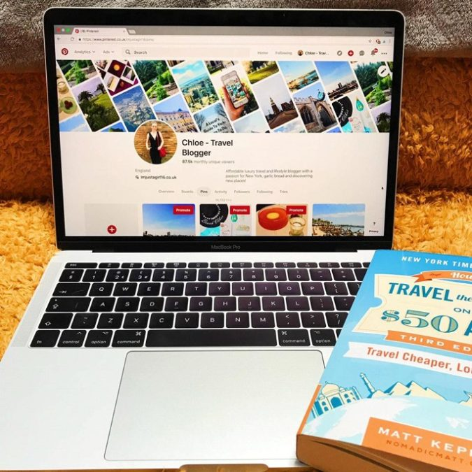 travel-bloggers-675x675 How to Become a Travel Blogger? 10 Must Steps to Follow