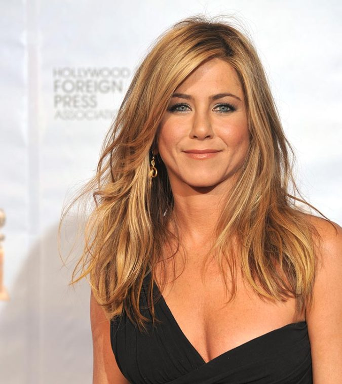 Blonde-layers-5-675x759 20 Most Trendy Hairstyles for Women over 40 to Look Younger