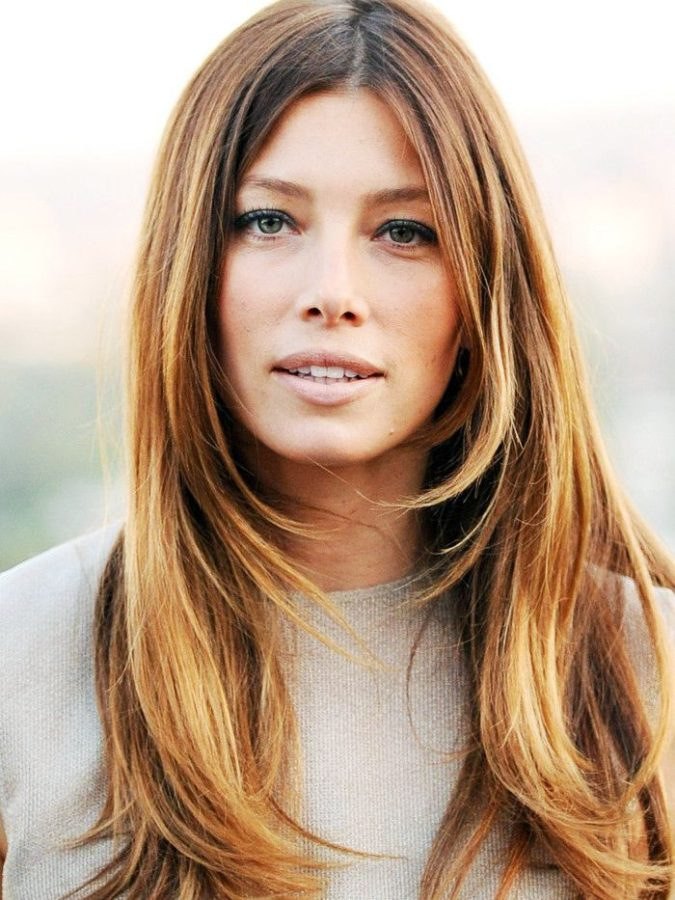 Front-layers.-2-675x900 20 Most Trendy Hairstyles for Women over 40 to Look Younger