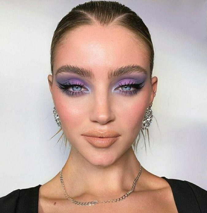 Pastel-Lavender-3-675x697 Best 10 Colorful Face Makeup Looks to Try in 2021
