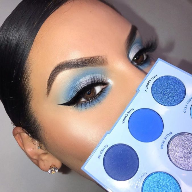 Pops-of-Blue-2-675x675 Best 10 Colorful Face Makeup Looks to Try in 2020