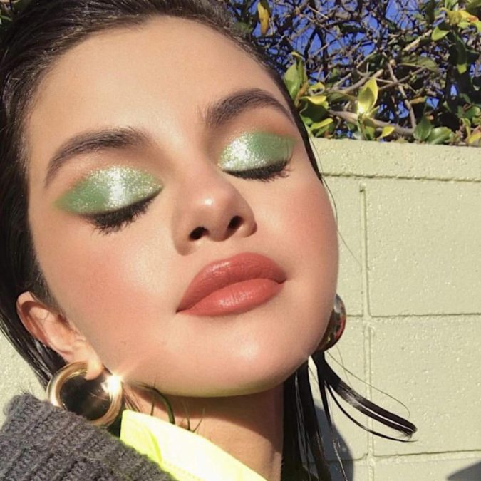 Selena-Gomez-675x675 Best 10 Colorful Face Makeup Looks to Try in 2021