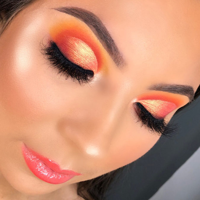 Sunset-eye-colorful-makeup-3-675x675 Best 10 Colorful Face Makeup Looks to Try in 2020