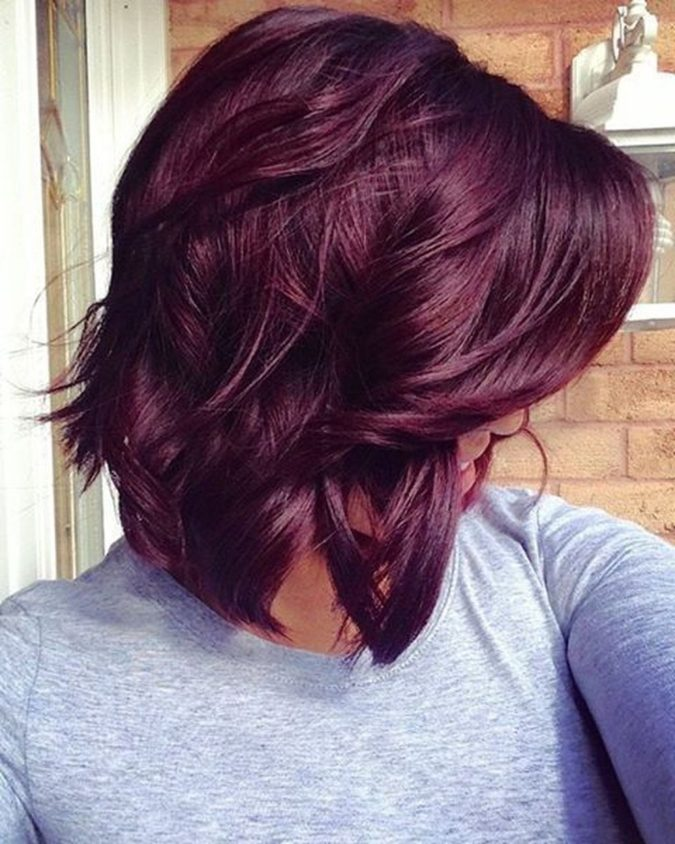 The-Auburn-wavy-style..-e1596031781534-675x844 20 Most Trendy Hairstyles for Women over 40 to Look Younger