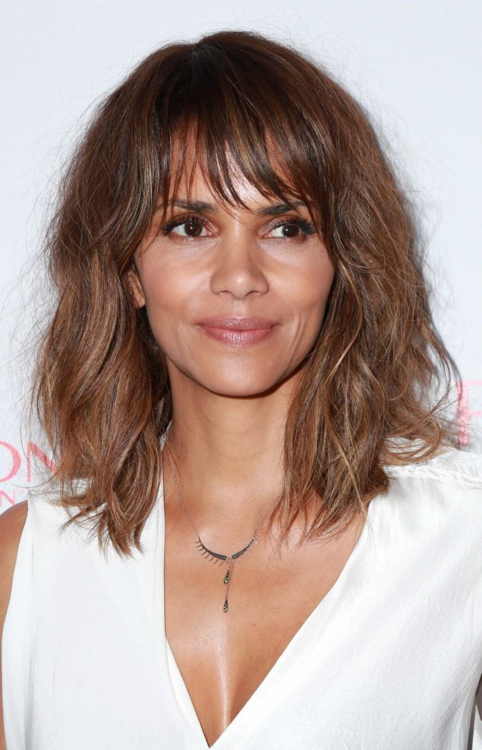 The-Brunette-Messy-Hair-Shag-2-675x1050 20 Most Trendy Hairstyles for Women over 40 to Look Younger