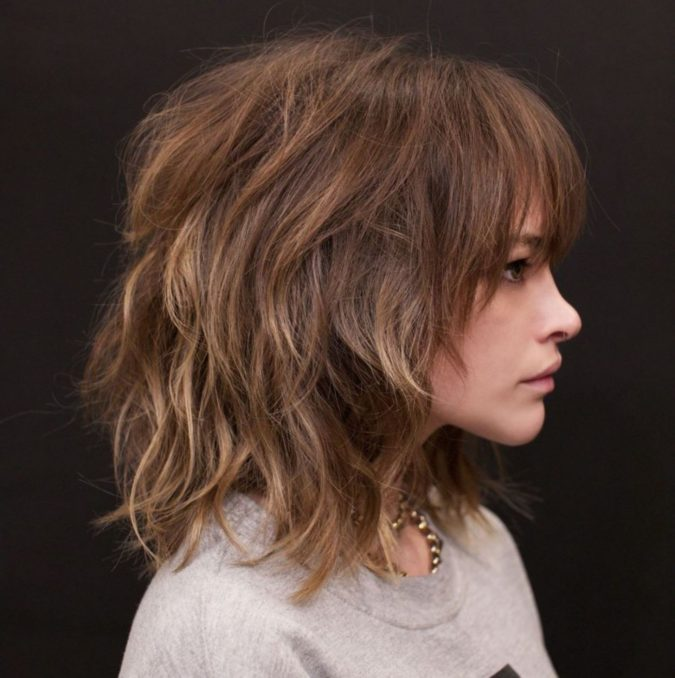The-Brunette-Messy-Hair-Shag.-675x678 20 Most Trendy Hairstyles for Women over 40 to Look Younger