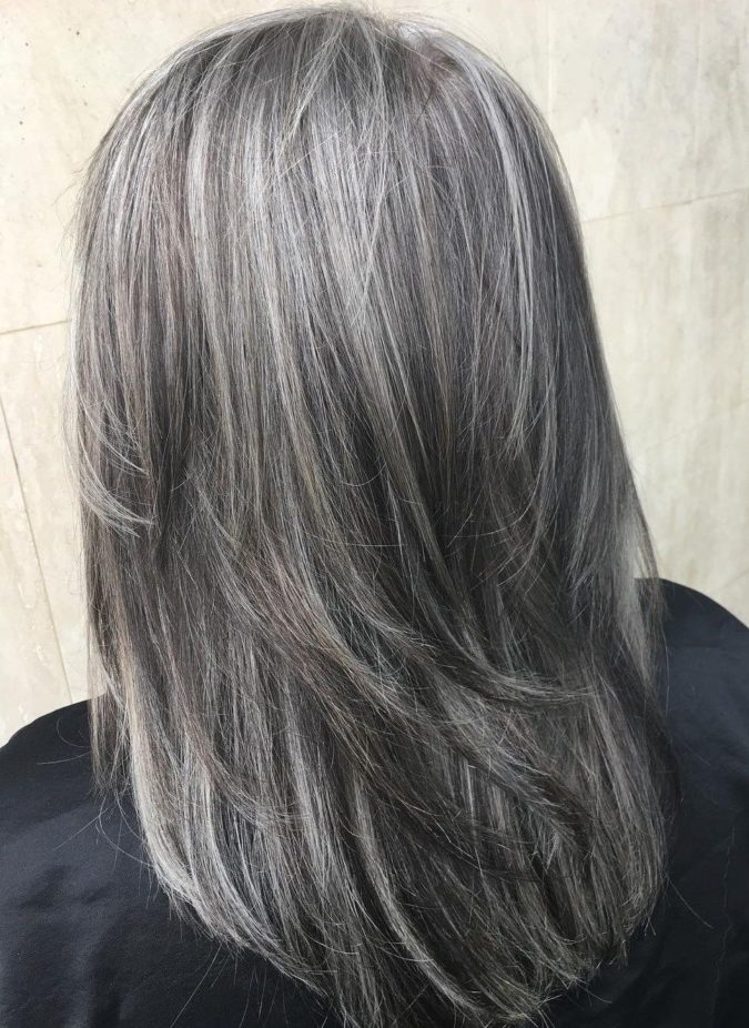 The-Gray-and-layered-hair-1-675x926 15 Beautiful Gray Hairstyles that Suit All Women Over 50