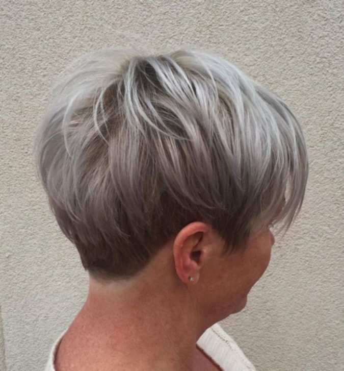 The-Gray-textured-hair-pixie-cut..-675x727 15 Beautiful Gray Hairstyles that Suit All Women Over 50