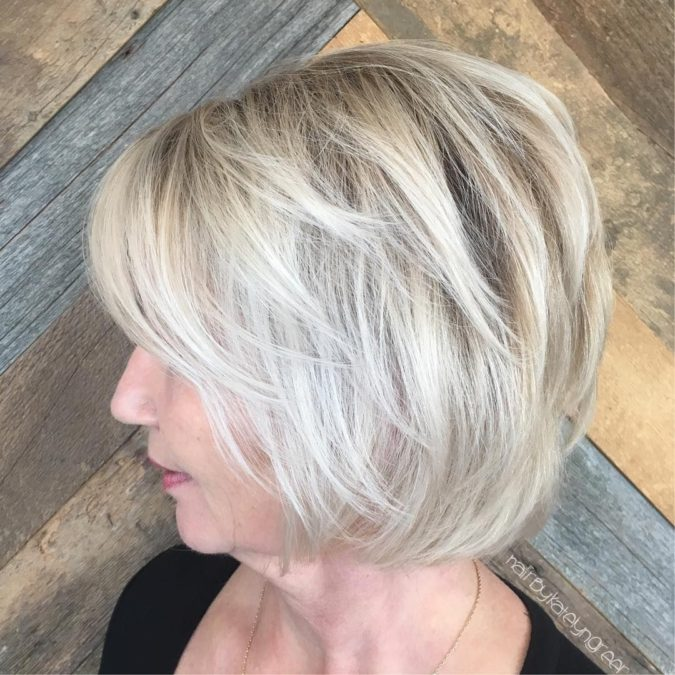 The-Icy-blonde-675x675 20 Most Trendy Hairstyles for Women over 40 to Look Younger