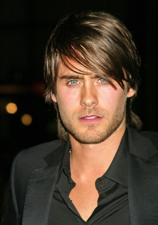 The-asymmetrical-hairstyle-2-675x959 Top 10 Hottest Hairstyles To Suit Men With Round Faces
