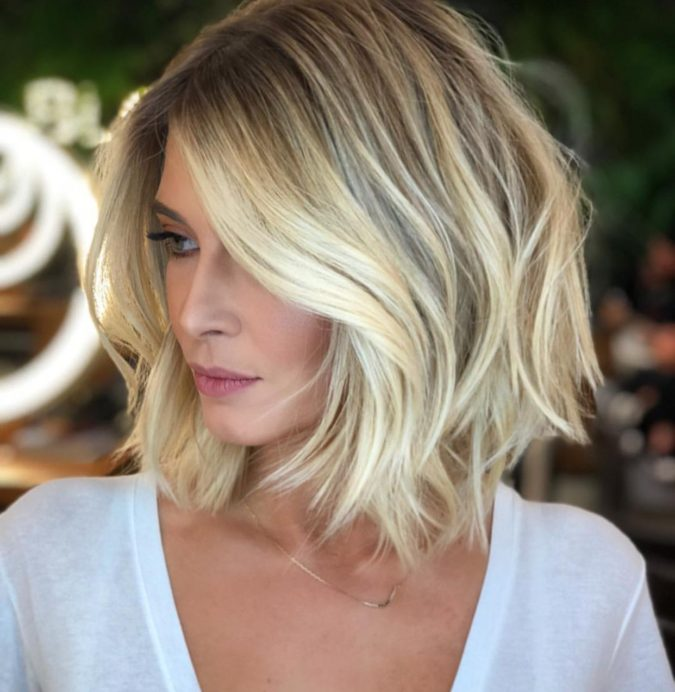 The-blonde-bob.-675x692 20 Most Trendy Hairstyles for Women over 40 to Look Younger
