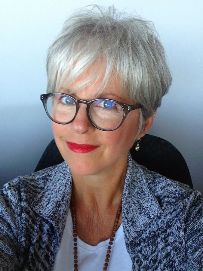 The-choppy-pixie.-675x900 Best 12 Hairstyles for Women Over 60 to Look Younger