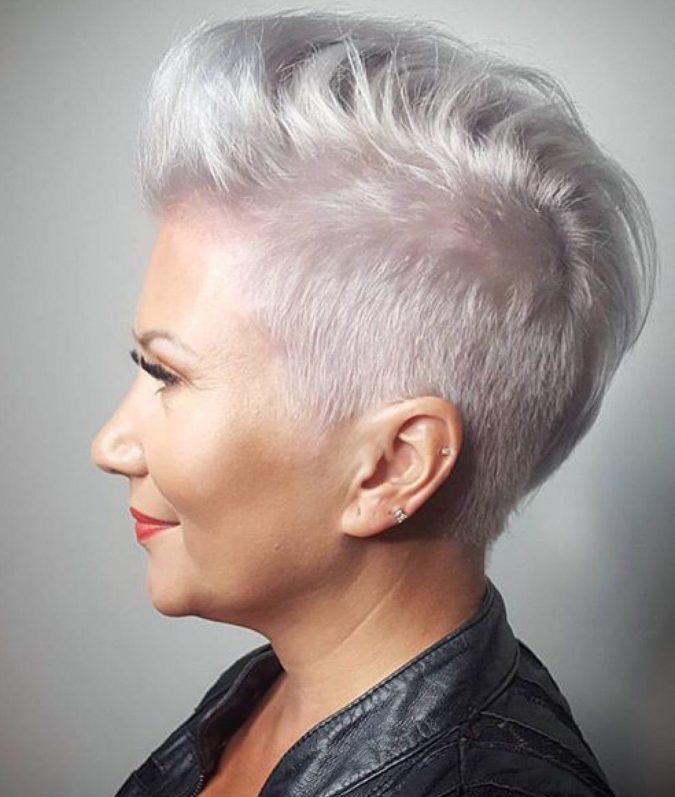 The-gray-pompadour-style-675x797 15 Beautiful Gray Hairstyles that Suit All Women Over 50