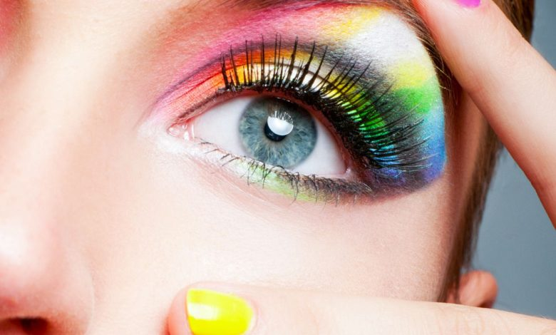 Photo of Best 10 Colorful Face Makeup Looks to Try in 2020