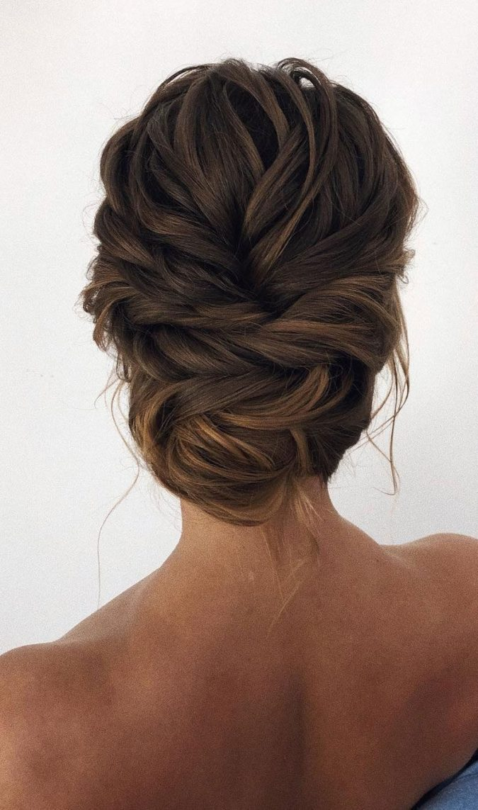 The-simple-up-do-1-675x1143 20 Most Trendy Hairstyles for Women over 40 to Look Younger