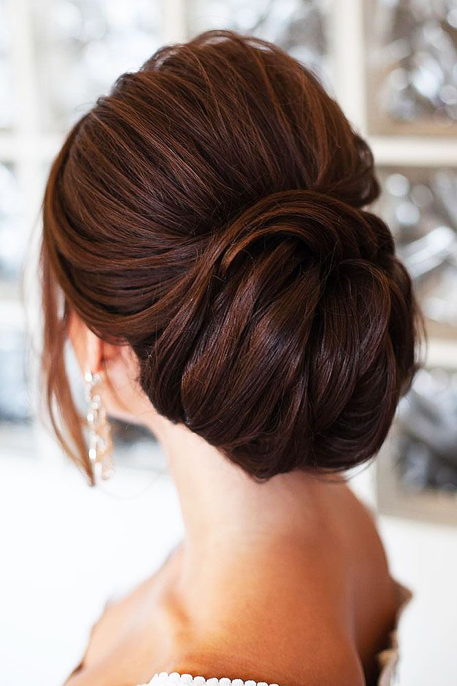 The-sleek-up-do 20 Most Trendy Hairstyles for Women over 40 to Look Younger