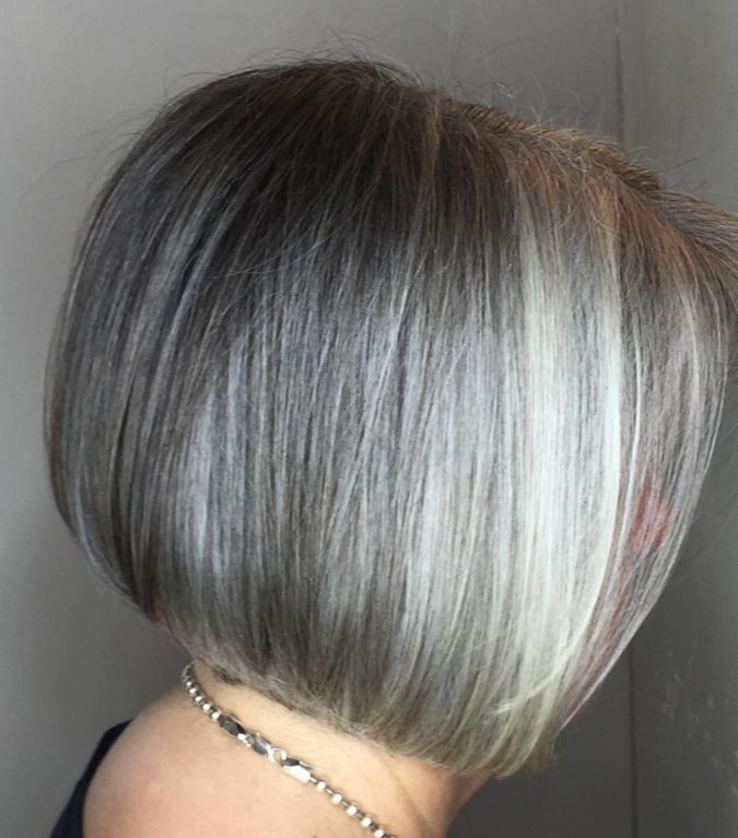 gray-Classic-Bob-675x767 15 Beautiful Gray Hairstyles that Suit All Women Over 50