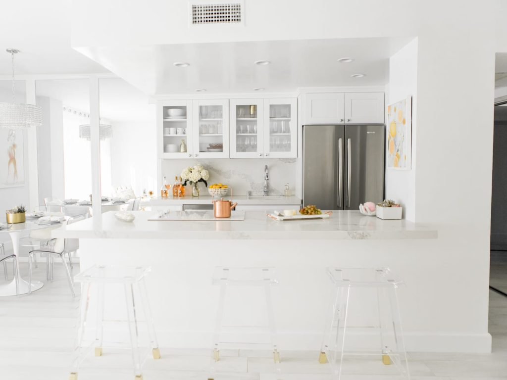 All-white-kitchens-1-1024x768 Top 10 Outdated Home Decorating Trends to Avoid in 2021