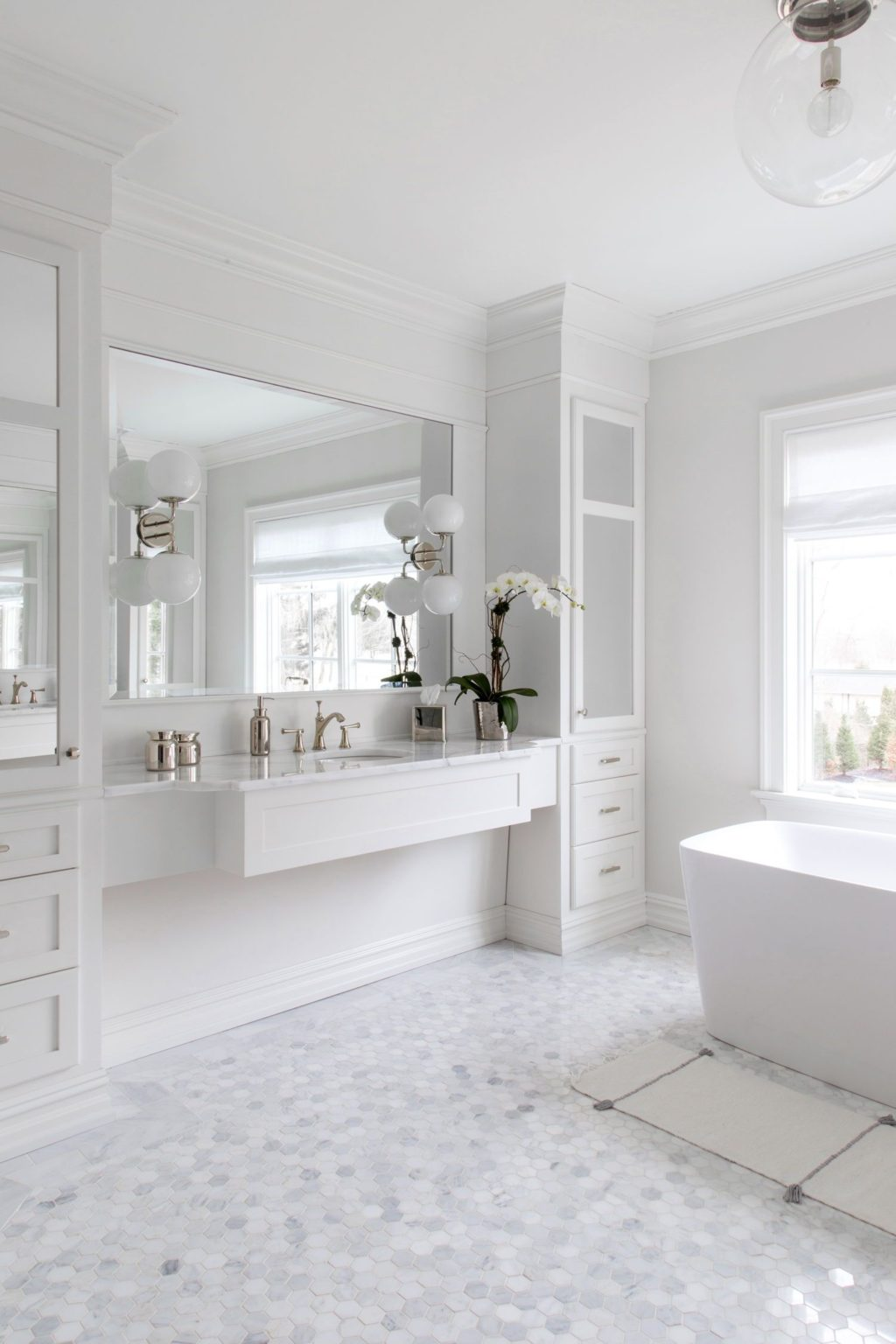 All-whites-design.-1024x1536 Top 10 Outdated Bathroom Design Trends to Avoid in 2021