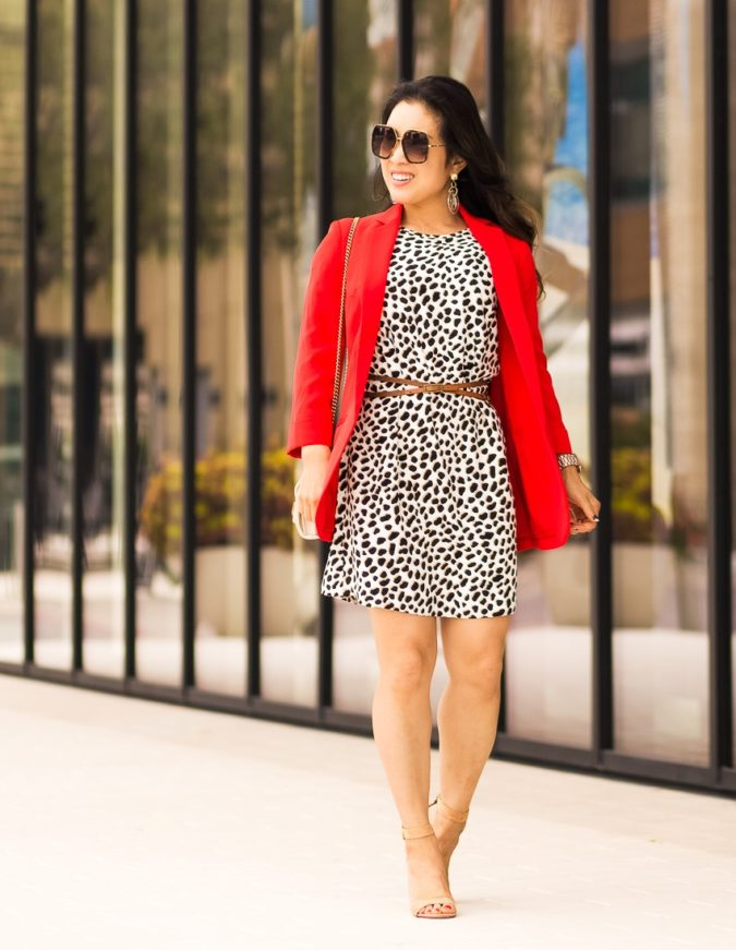 Black-White-and-Red-Outfit-675x871 +45 Stylish Women's Outfits for Job Interviews for 2020