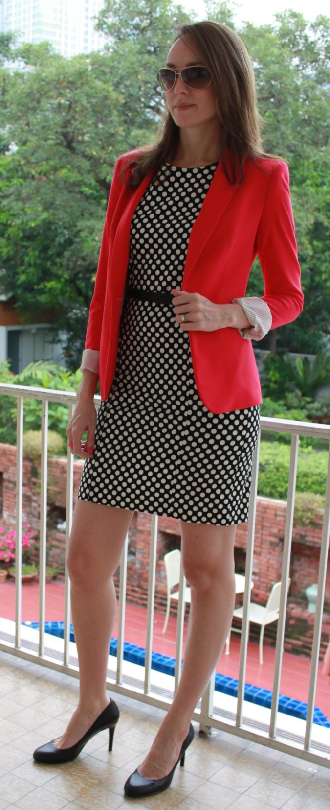 Black-White-and-Red-Outfit..-1-675x1654 +45 Stylish Women's Outfits for Job Interviews for 2020