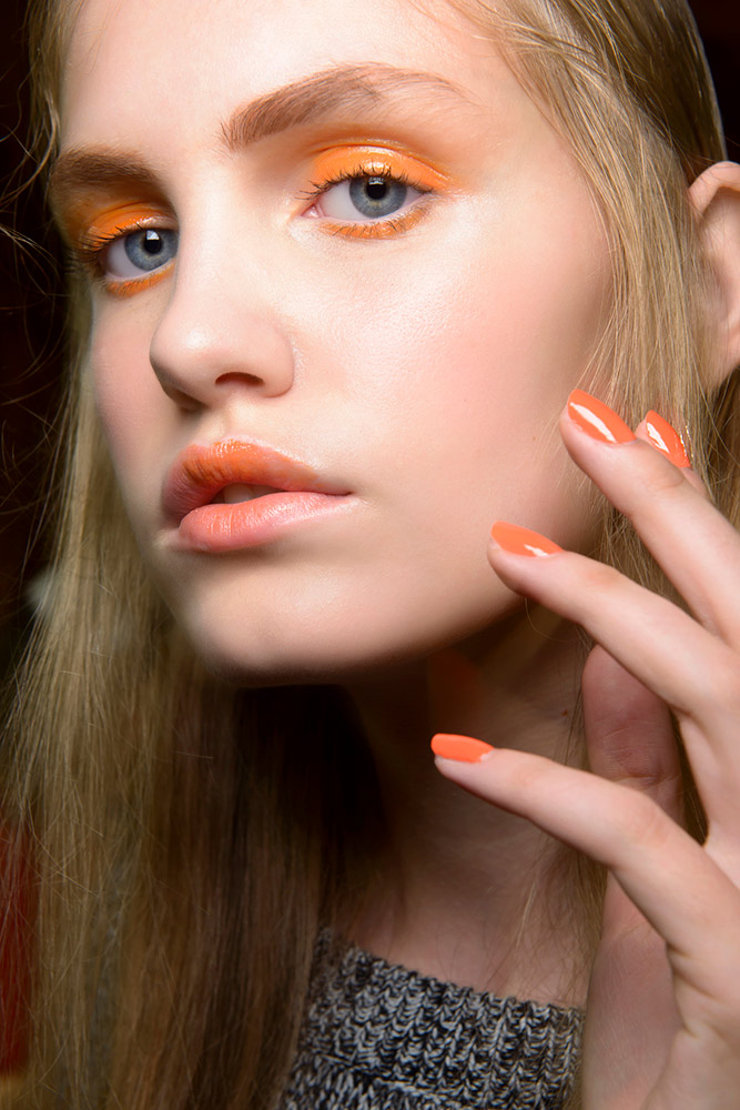 Blurred-lips. Top 10 Outdated Beauty and Makeup Trends to Avoid in 2021