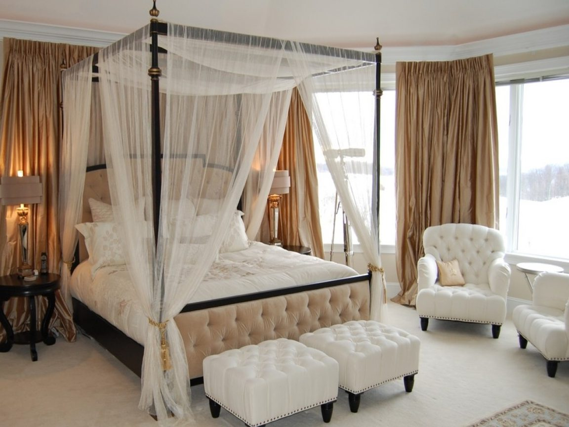 Canopy-bed-e1598608896267 Top 10 Outdated Home Decorating Trends to Avoid in 2021
