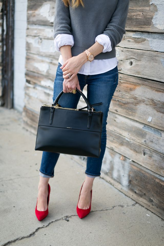 Chic-Outfit-1 +45 Stylish Women's Outfits for Job Interviews for 2021