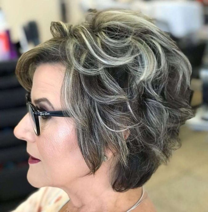 Dark-Hair-with-Blonde-Feathers-675x690 10 Hottest Hair Color Trends to Cover Gray Hair