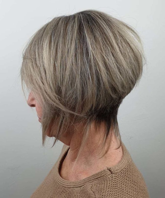 Highlights-and-Lowlights.-675x812 10 Hottest Hair Color Trends to Cover Gray Hair