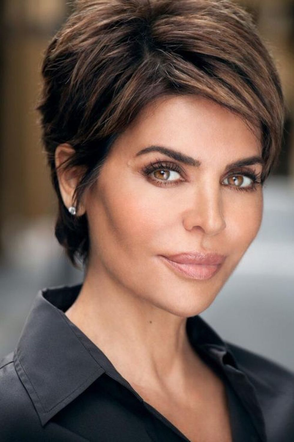 Highlights-for-Older-Women..-1 10 Hottest Hair Color Trends to Cover Gray Hair