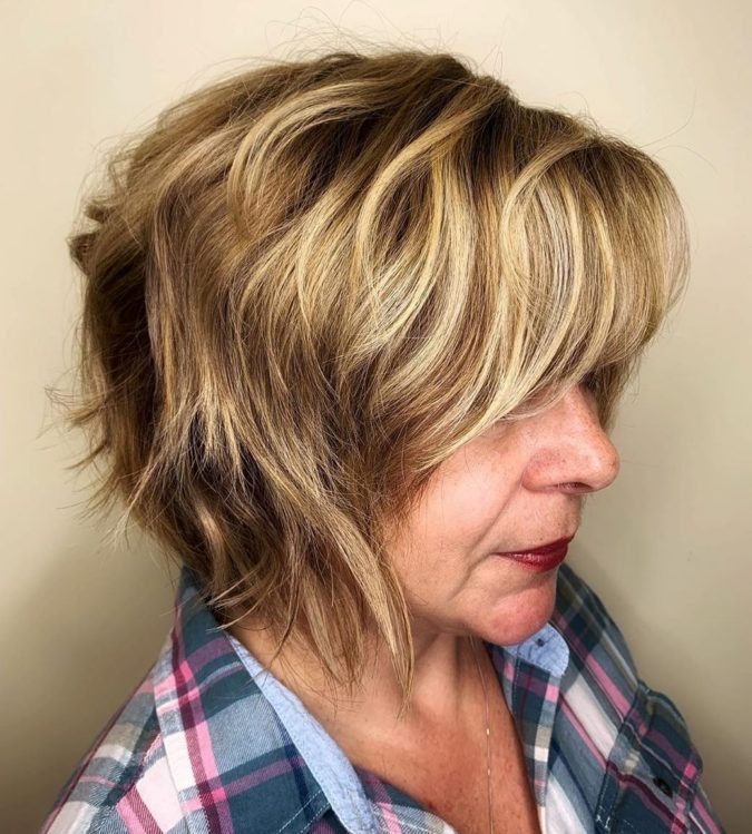 Honey-Bronde-Hair.-675x749 10 Hottest Hair Color Trends to Cover Gray Hair