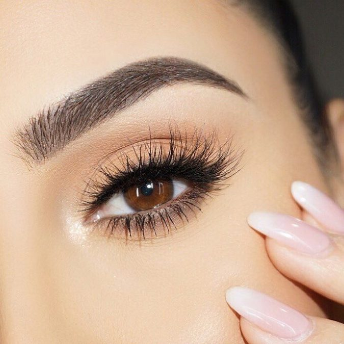 Instagram-brows-1-675x675 Top 10 Outdated Beauty and Makeup Trends to Avoid in 2021