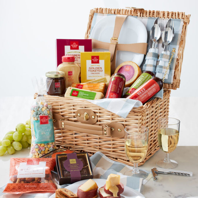 Picnic-basket-Hickory-Farms-food-gift-basket-675x675 Gifts for Summer Birthdays