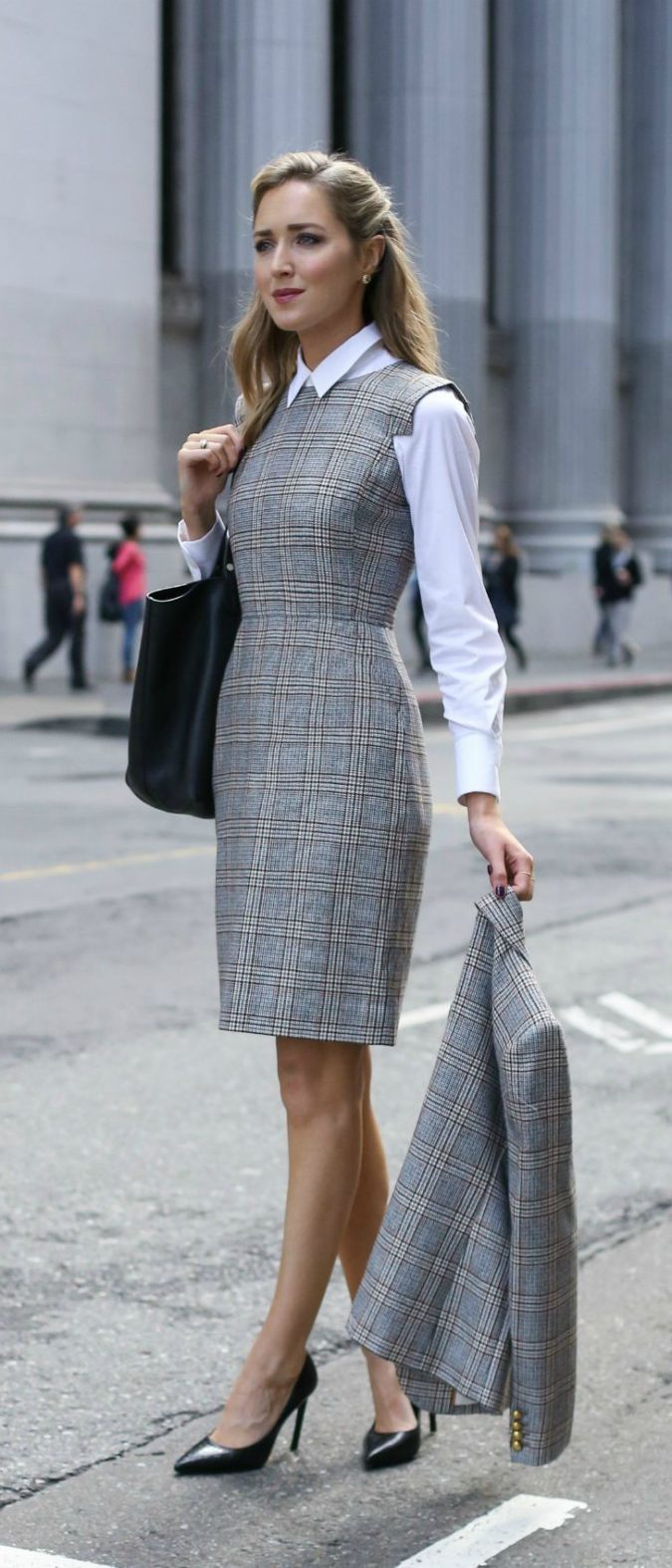 The-Grey-Dress.-e1597876664646-675x1574 +45 Stylish Women's Outfits for Job Interviews for 2021
