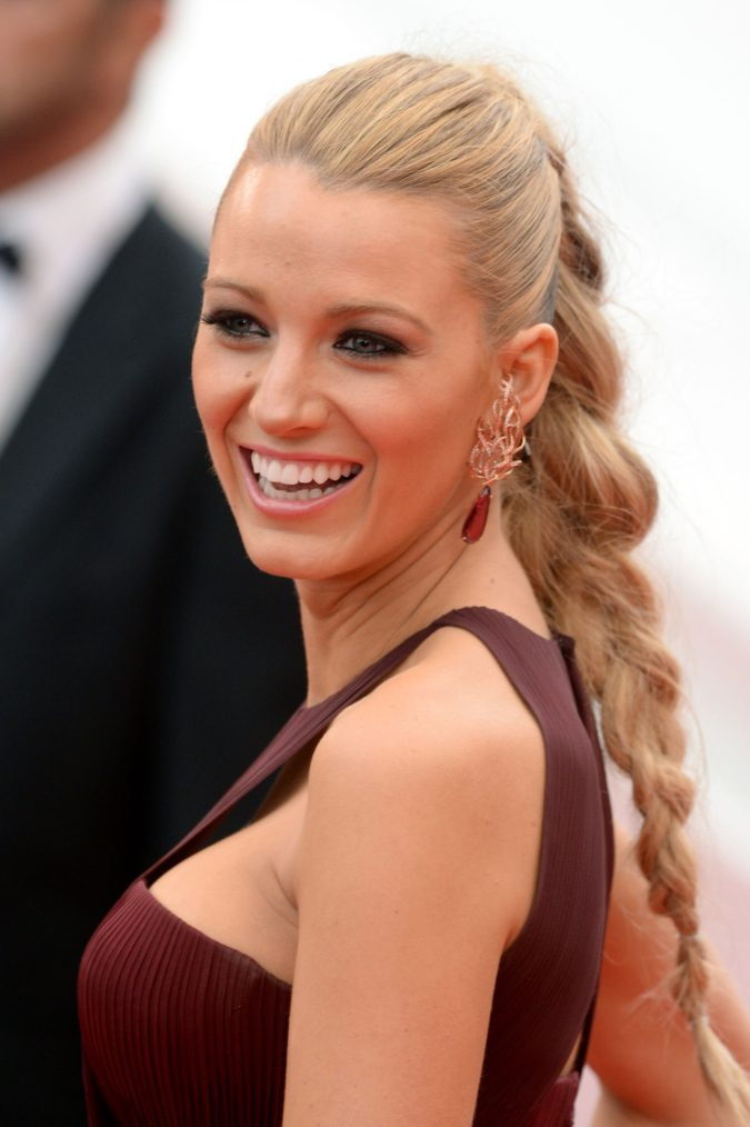 The-braided-Ponytail-2-675x1014 +35 Hottest Ponytail Hairstyles that Suit All Women in 2021