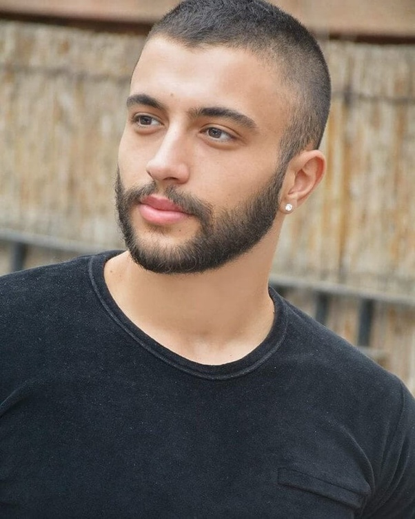 The-smooth-buzz-and-beard Top 10 Hottest Hairstyles To Suit Men With Round Faces