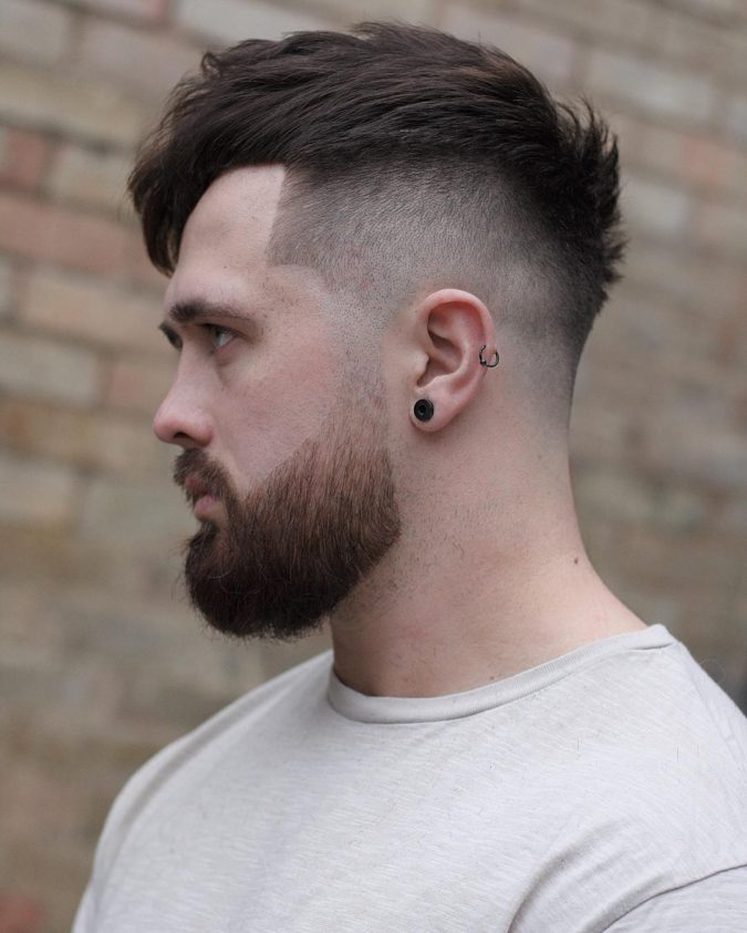 The-textured-top.-675x843 Top 10 Hottest Hairstyles To Suit Men With Round Faces